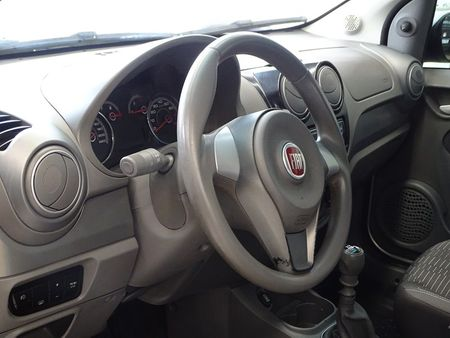 Palio Attractive 1.4 8V (Flex)